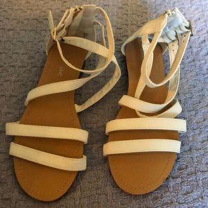 bella marie white sandals! 🌈